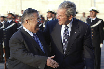[President Bush and Iraqi President Jalal Talabani]