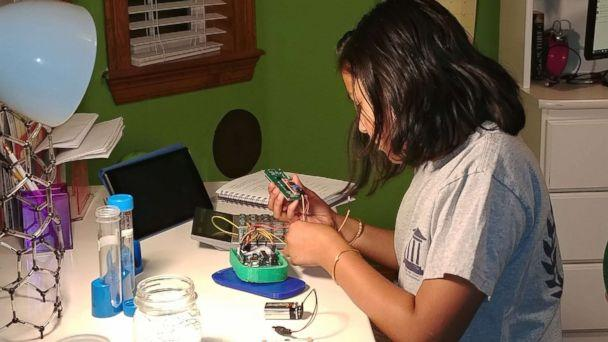 PHOTO: Gitanjali Rao, 11, works on her lead testing device at home in Lone Tree, Colo., in an undated handout photo. (Courtesy Bharathi Rao)