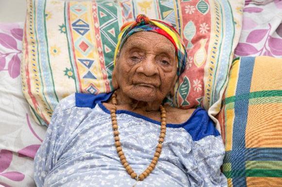 Genes, diet, optimism... Secrets of a centenarian