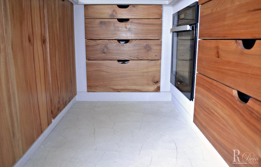 meubles bas de cuisine en bois avec