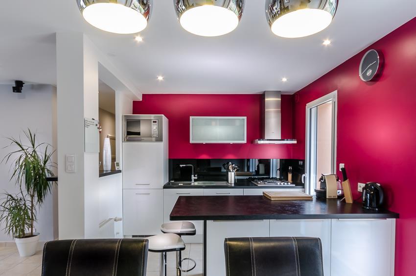 Cuisine Moderne Rose Fushia Lucile Treguer Decoratrice D Interieur