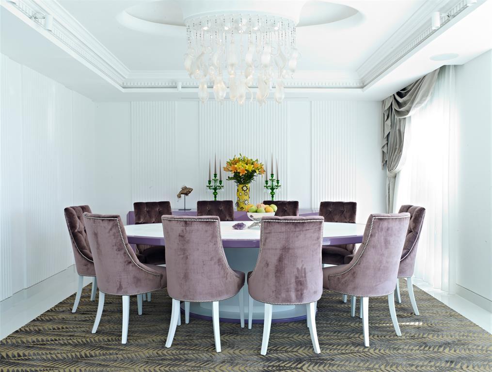 salle a manger avec table ronde vick