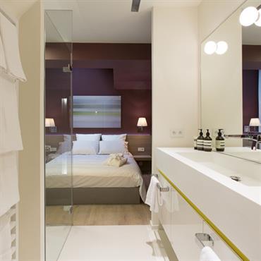 Zoom Sur Les Suites Avec Salle De Bains Par L Agence De Design D Interieur Felicie Le Dragon
