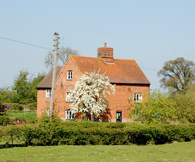 Canalside house, Lower Shuckburgh © Andy F :: Geograph Britain and
