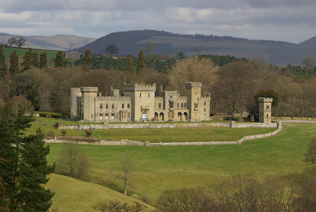 Downton Castle in a 'picturesque' landscape (designed to please the eye)