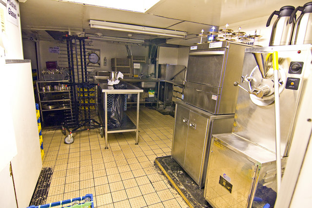Royal Yacht Britannia Kitchen Alan Findlay Cc By Sa20 Geograph Britain And Ireland