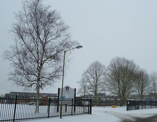 Tring School In The Snow Rob Farrow Geograph Britain
