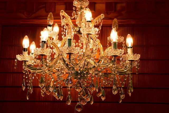 Moycullen Celtic Crystal Clear Chandelier