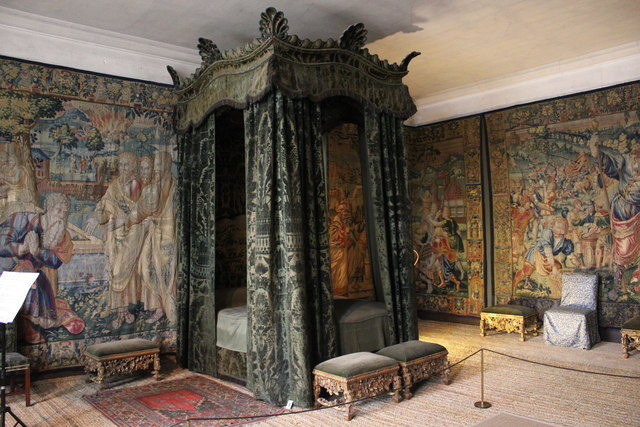 The Green Velvet Bedroom At Hardwick 169 Jeff Buck Cc By