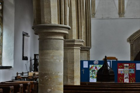 Felmersham, St. Mary's Church: Nave © Michael Garlick