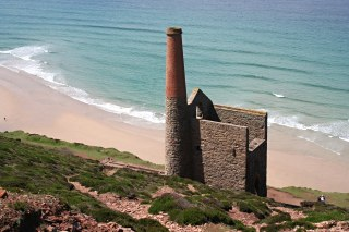 Wheal Coates Mine - the Towanroath Shaft Pumping Engine House