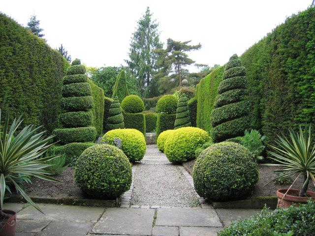Herb Garden York Gate Garden C Chris Brierly Cc By Sa 2 0 Geograph Britain And Ireland