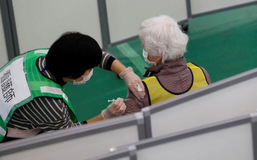 Kim: Kim Kyung Hoon / Reuters
