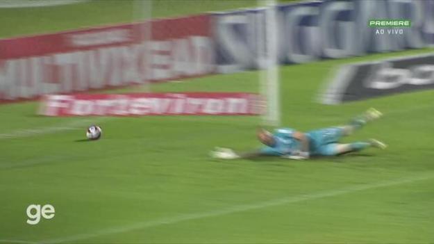 Aos 4 min do 1º tempo - gol de dentro da área de Marquinhos Gabriel do Vasco contra o CSA