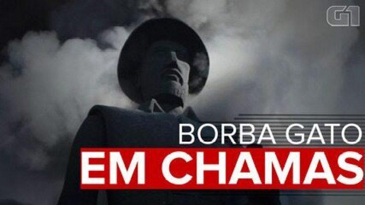 Estátua de Borba Gato é incendiada em São Paulo