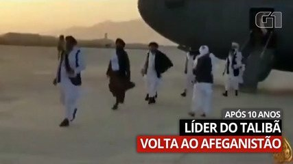 VIDEO: Taliban leader Abdul Ghani Baradar disembarks from plane upon arrival in Afghanistan