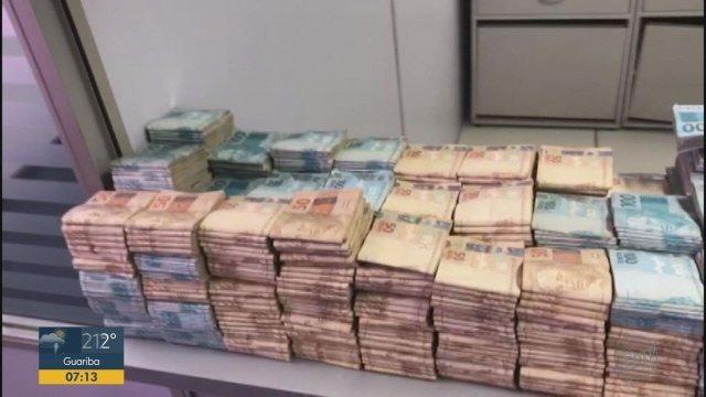 Quantia enterrada no quintal de ex-vereador preso em Igarapava, SP, chega a R$ 1,5 milhão