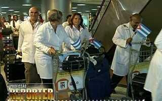 Profissão Repórter mostra os bastidores da chegada de médicos estrangeiros ao Brasil