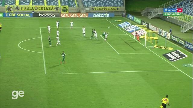 Aos 25 min do 2º tempo - gol de cabeça de Rafael Elias do Cuiabá contra o Corinthians