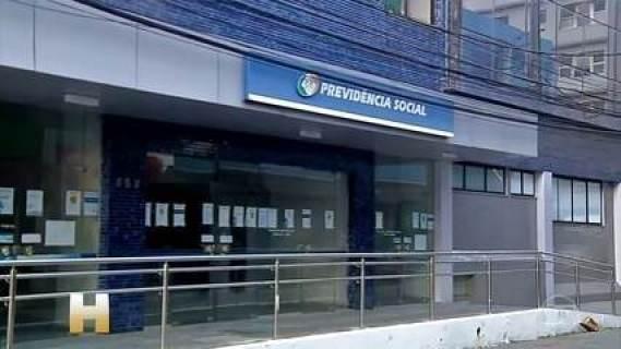 Agências do INSS continuam sem perícia após uma semana de impasse