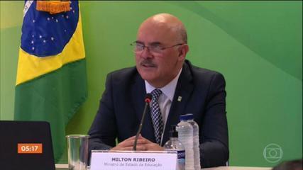 PGR pede que STF apure se ministro da Educação cometeu crime de homofobia