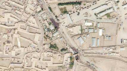 VIDEO: Satellite images show crowd at Afghan border