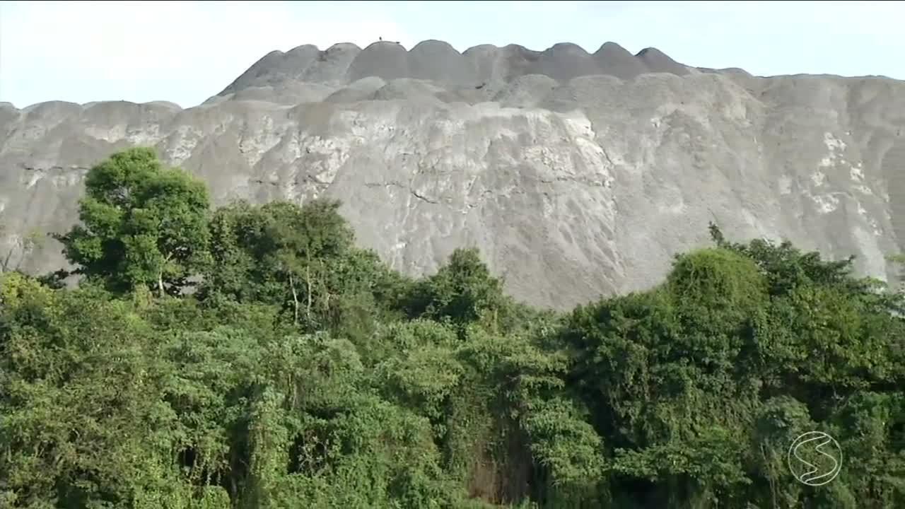 Autoridades alertam para possível desastre ambiental no Rio Paraíba do Sul