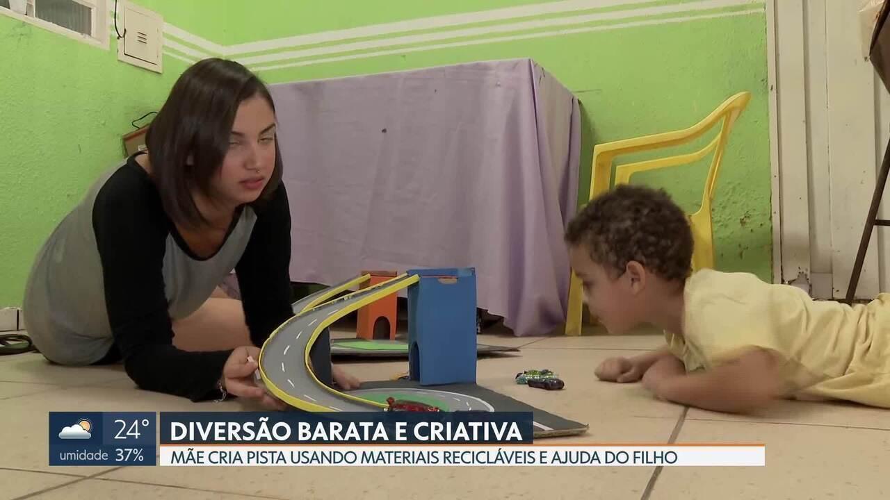 Mãe cria pista de brinquedo para o filho usando materiais recicláveis