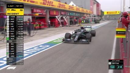 Valteri Bottas aproveita Safety Car e vai para os boxes