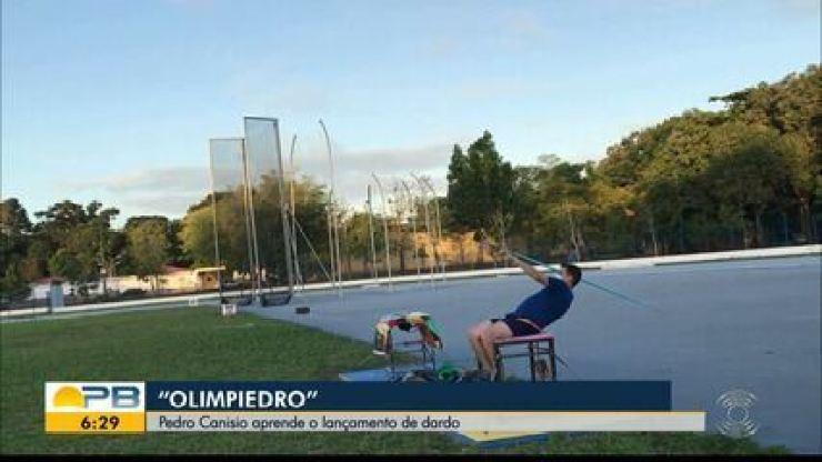 Olimpiedro: Pedro Canísio aprende o lançamento de dardo