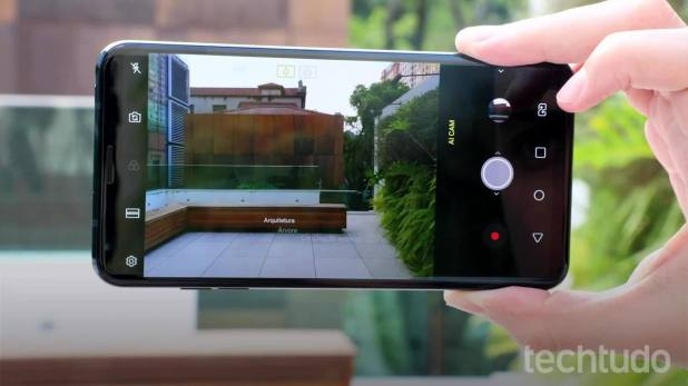 LG V35: conheça o celular mais poderoso da marca