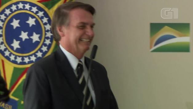 No Dia da Mulher, Bolsonaro diz que ministério com 20 homens e 2 mulheres é 'equilibrado'