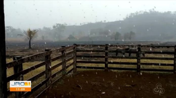 Incêndio em Nova União é controlado após chuva