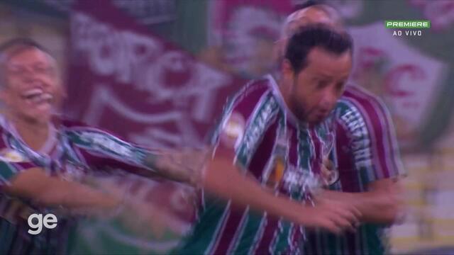 Aos 5 min do 2º tempo - gol de dentro da área de Nenê do Fluminense contra o Santos