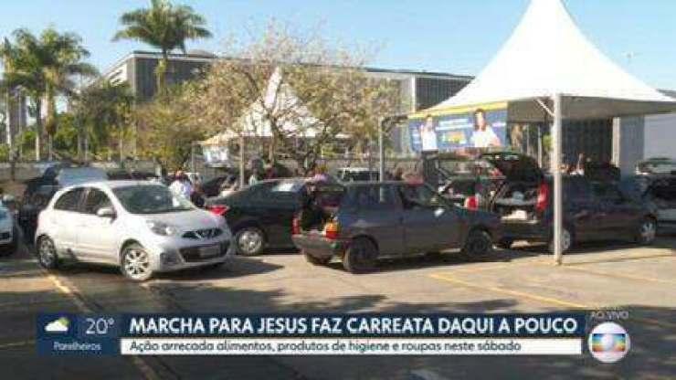 Marcha para Jesus faz carreata e arrecada doações