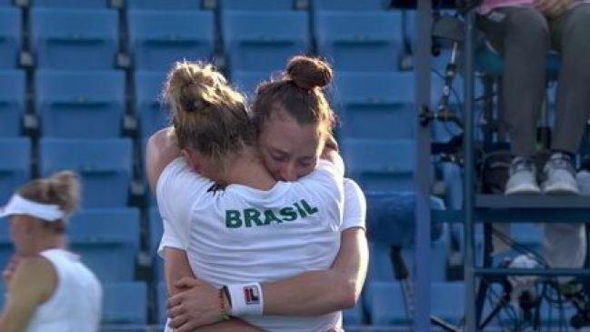 É bronze! O Brasil vence o terceiro set por 12 a 9 após erro de Kudermetova