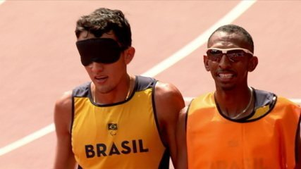 Yeltsin Jacques wins his 1500 T11 men's semifinal heat and advances to the final