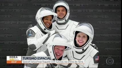 SpaceX lança foguete com turistas na órbita da Terra nesta quarta (15)