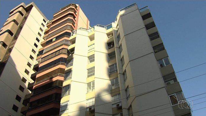 Mãe mata bebê e esconde o corpo em escaninho por 5 anos em Goiânia, diz polícia