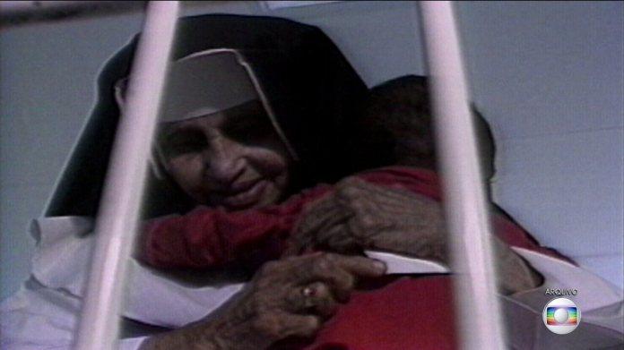 Vaticano anuncia que vai canonizar Irmã Dulce