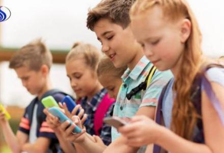 152843175311603700_767305731 مشروع قرار يحظر الهواتف المحمولة في مدارس فرنسا Actualités