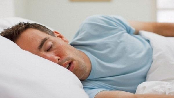 هل النوم نهار رمضان يبطل الصيام
