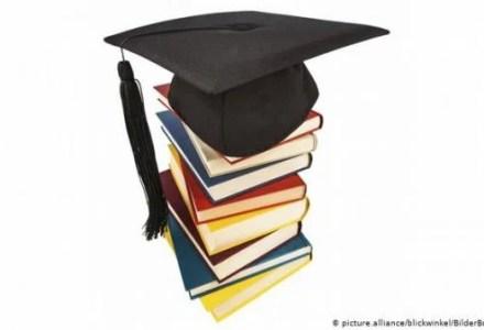 44602466_303_809779132 طفل بلجيكي في التاسعة يتأهب للحصول على شهادة جامعية المزيد
