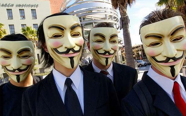 Czy Anonimowi zniszczą Facebooka? (Fot. Flickr/Sklathill/Lic. CC by-sa)
