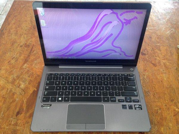 Ultrabook Samsung TOUCHSCREEN Series-5 (NP540U3C-A01ID) Core GB DDR3