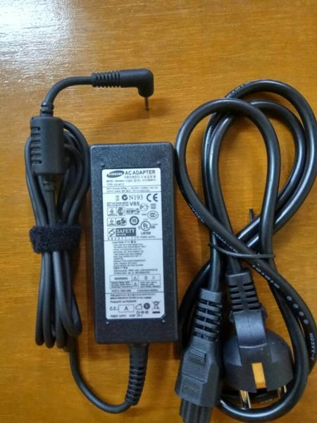 Adaptor Charger Laptop Samsung Chromebook 2 503C XE303C12 12V 3 33A ORIGINAL