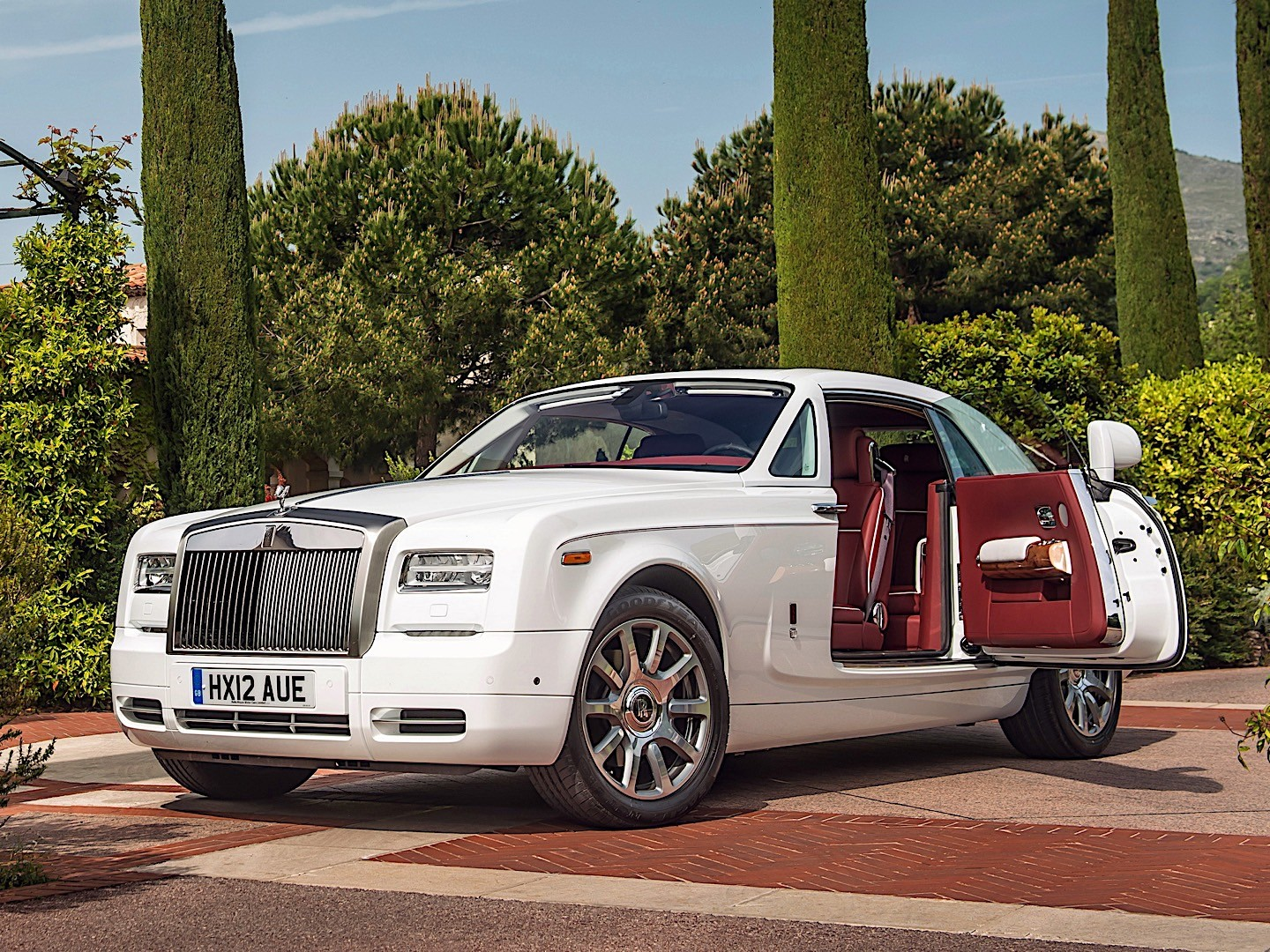 ROLLS ROYCE Phantom Coupe Specs Amp Photos 2012 2013