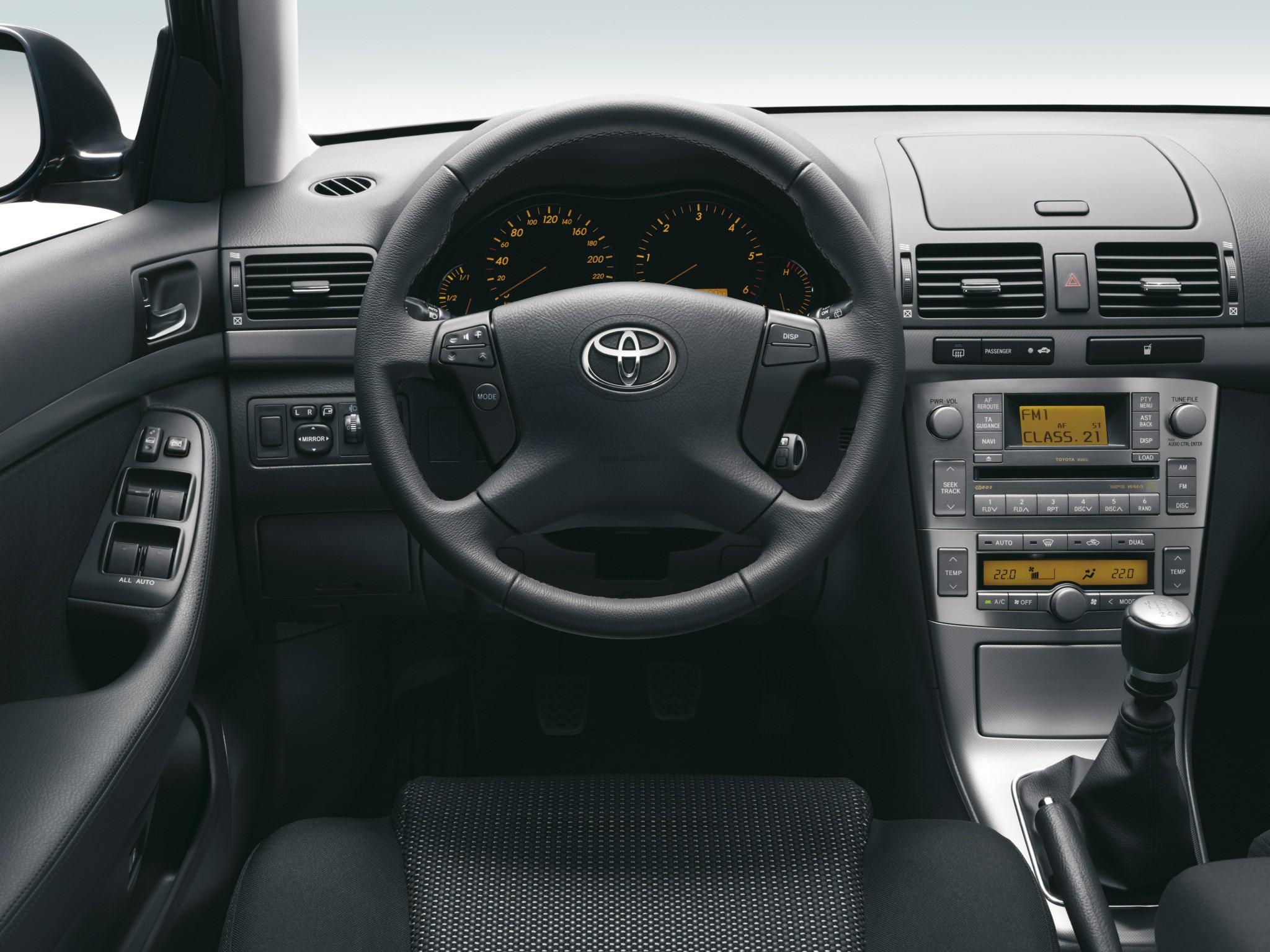 Toyota Avensis 2007 Interior