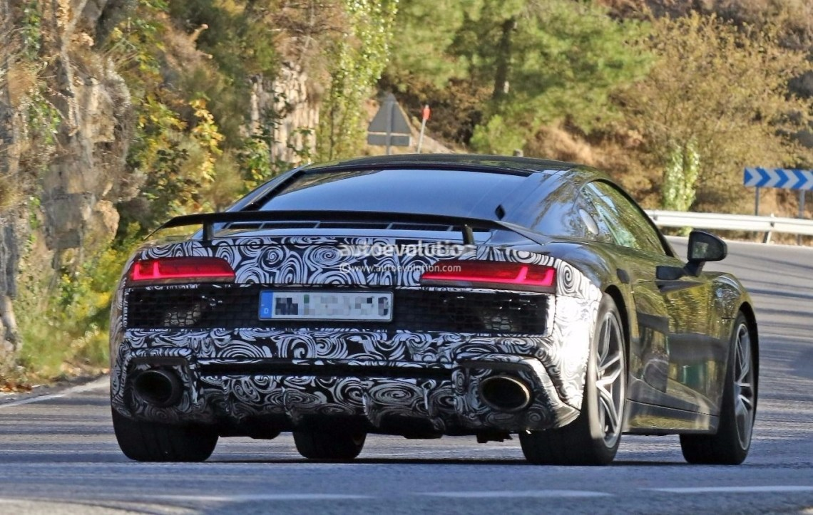 spyshots: 2019 audi r8 gt flaunts two huge oval exhaust pipes