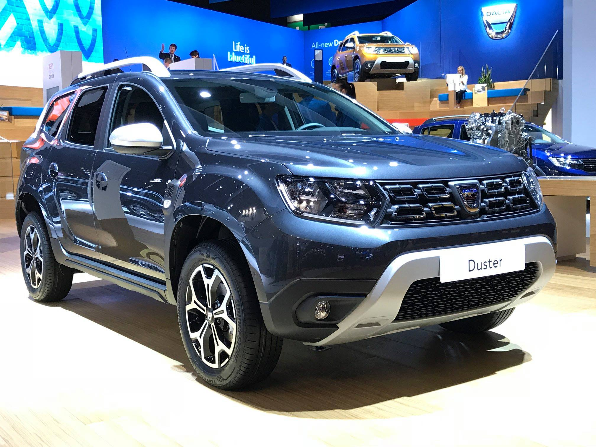 Dacia Duster Gets 1 3 Tce Turbo With 130 And 150 Hp Autoevolution